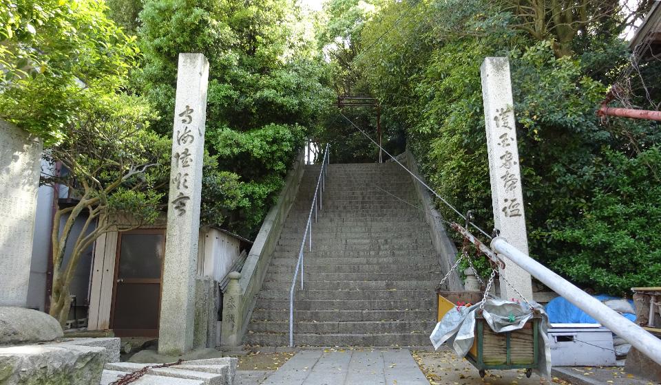 旧花街から祇園神社を