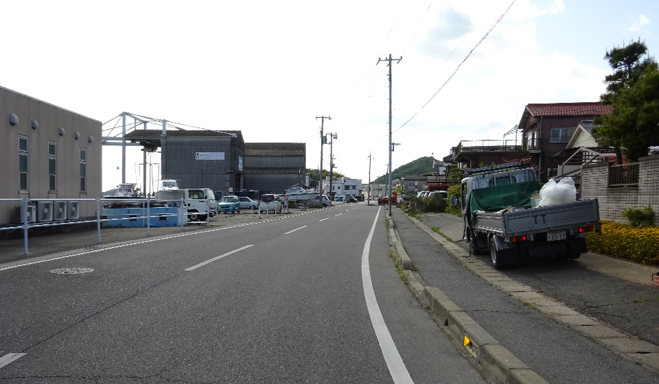 湾岸道路(西向き)